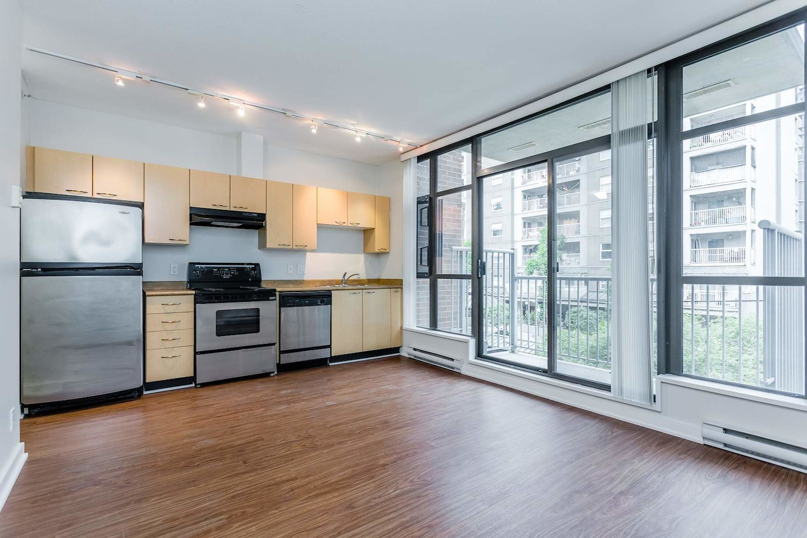 Vancouver Pet Friendly Apartment For Rent | Yaletown | The ...