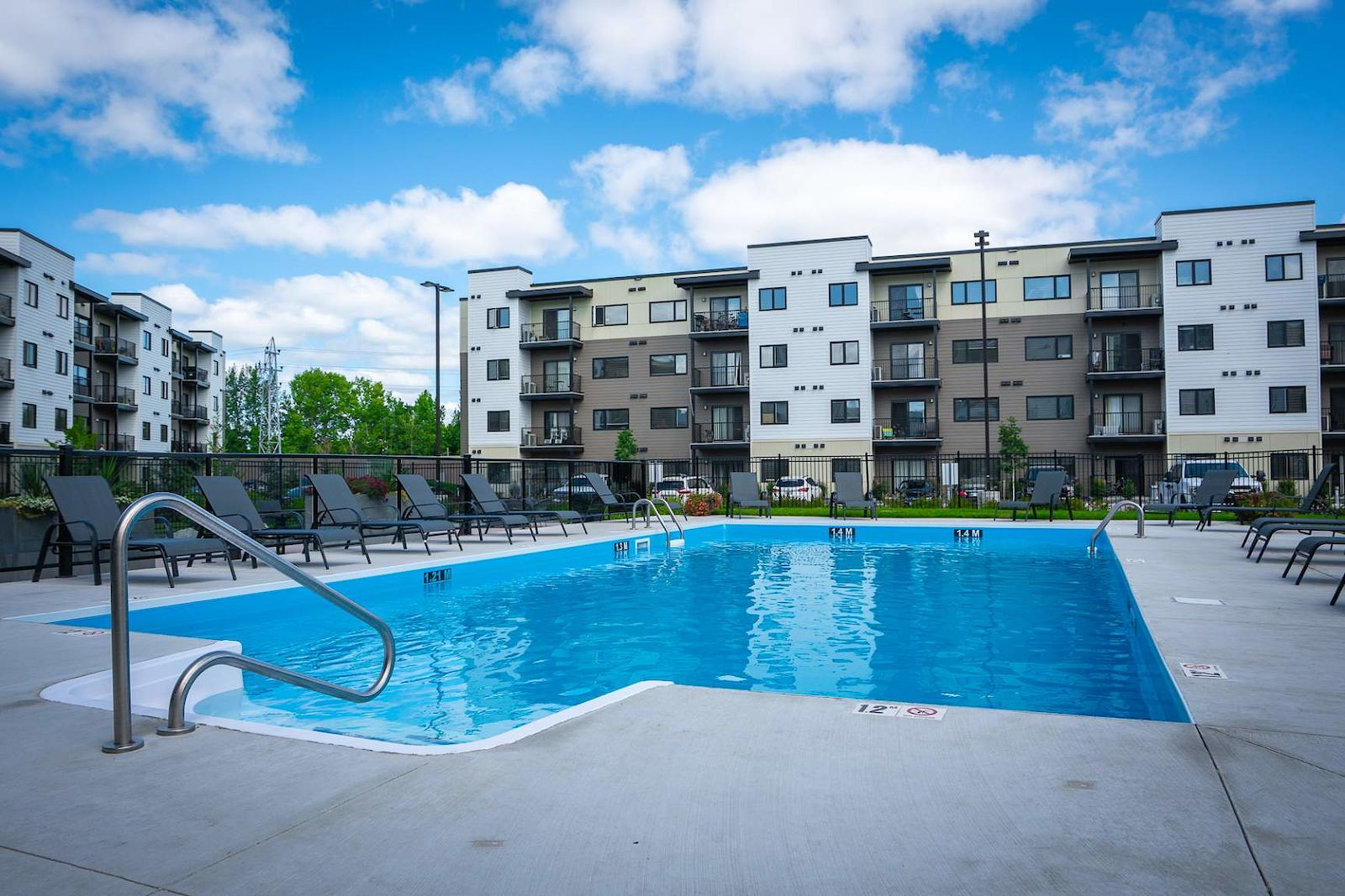 Winnipeg Pet Friendly Apartment For Rent | Tuxedo | Brand ...