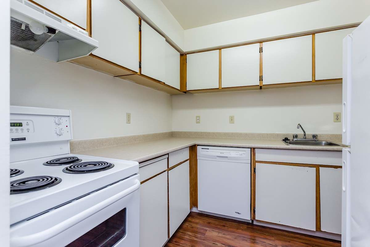 Vancouver Apartment For Rent | Hastings-Sunrise | Eton ...