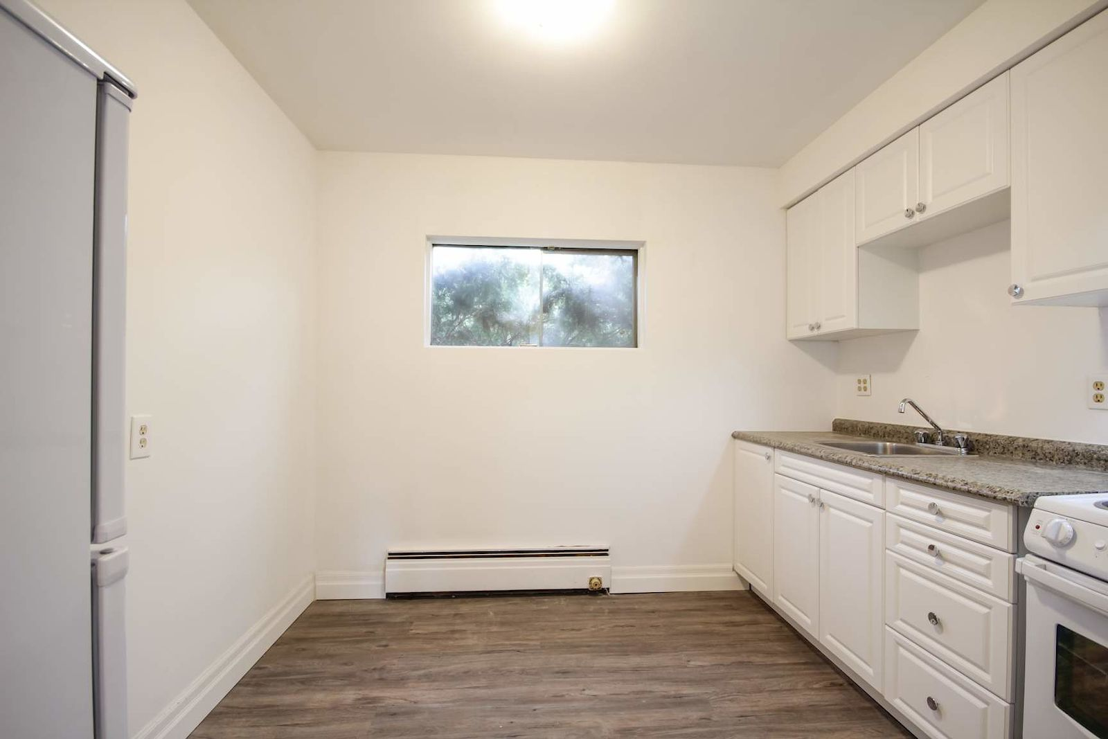 Guelph Apartment For Rent | Applewood Terrace Apartments ...
