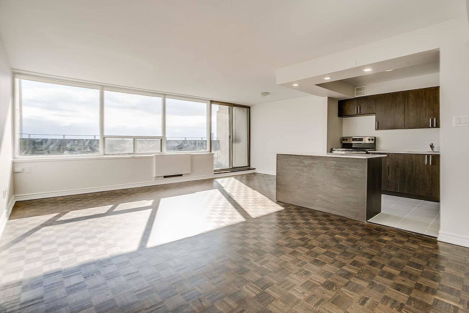 Toronto Pet Friendly Apartment For Rent | Somerset ...