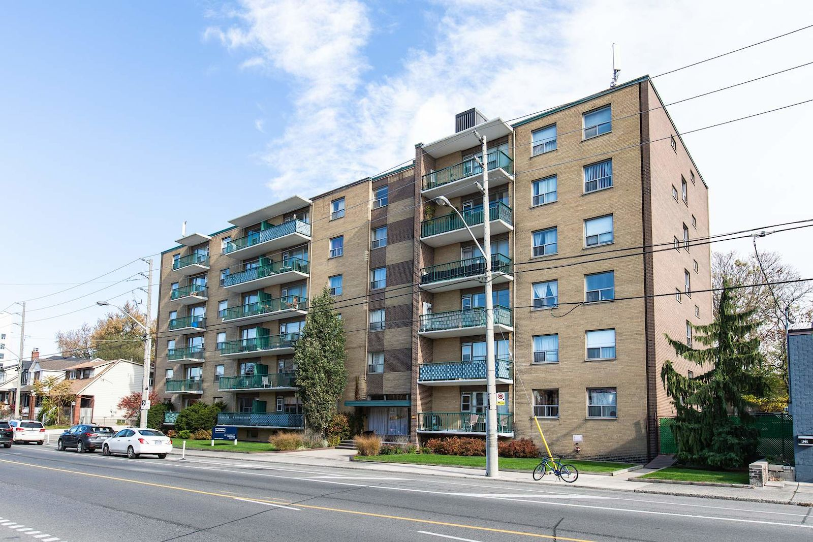 Toronto Pet Friendly Apartment For Rent | 1017 Woodbine ...